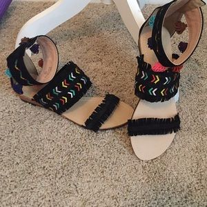 Chase + Cloe adorable summer sandals never worn